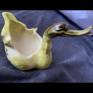 Vintage Hull Pottery Duck